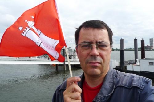 Patriotische Aktion am Fähranleger Teufelsbrück, 17.8. 2013