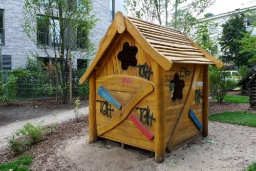 Spielplatzhütte in Ottensen
