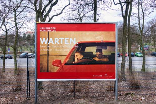 Warten auf die Kunsthalle Hamburg -- Plakat am Bhf. Sternschanze