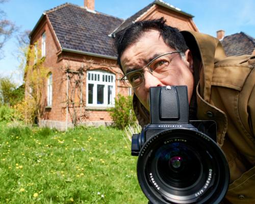 Mit Kamera auf Motivsuche im Garten