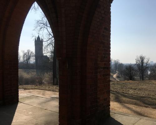 Blick von der Gerichtslaube zum Flatowturm