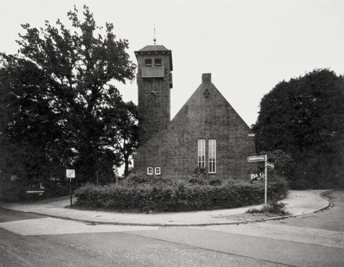 St. Michaelskirche, Sülldorf. 4x5 Belichtung direkt auf Fotopapier.