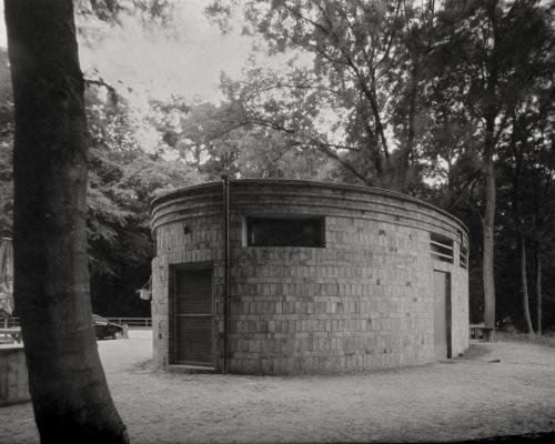 Trafohaus von Gustav Oelsner. Rückseite.