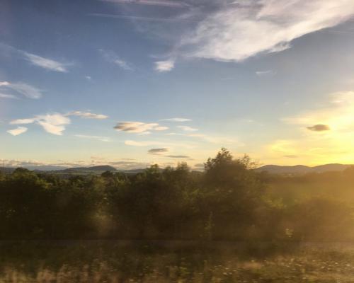 Kasseler Berge im goldenen Abendlicht