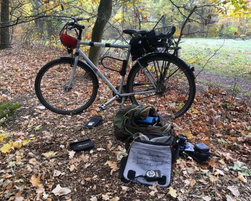 Fahrrad und Fotoausrüstung