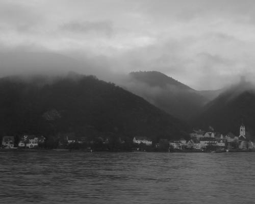 Am 21.12. 2012 am Rhein