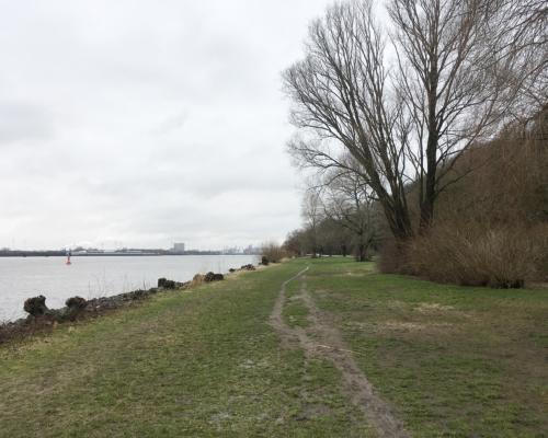 An der Elbe vor Blankenese