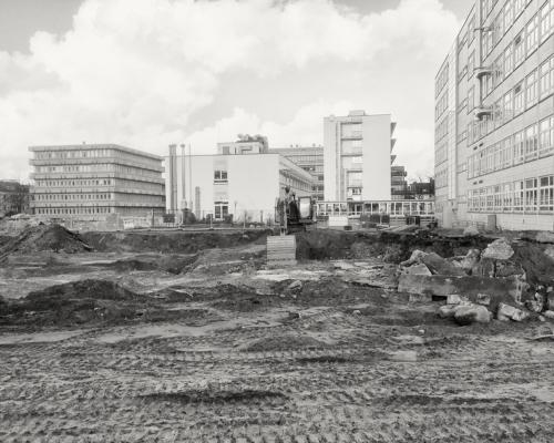 Baugrube an der Bundesstraße Hamburg