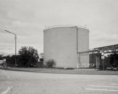 Tankbehälter, Peutestraße 80, Hamburg-Veddel. Aufnahme direkt belichtet auf 4x5in Fotopapier