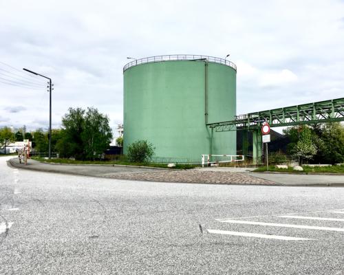 Tankbehälter am Ende der Peutestraße