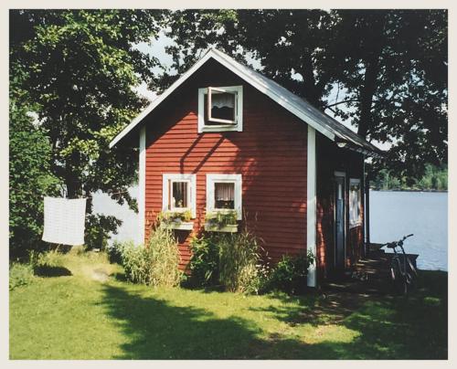 Meine kleine Hütte am See Sjöatorp
